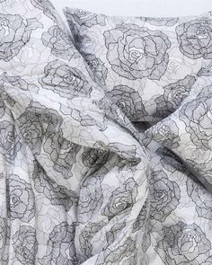 Designer-Duvet-Cover-A-Rose-is-a-Rose-black-04-by-Marica-Zottino-ZigZagZurich