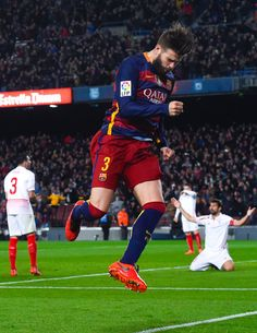 Gerard Pique of FC Barcelona celebrates after scoring his team's second goal during the La Liga match between FC Barcelona and Sevilla FC at Camp Nou on February 28, 2016 in Barcelona