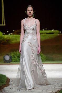 a562c1a50266 David Fielden 8310 White Wedding Dresses