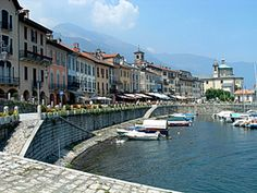 Stresa on Lake Maggiore.  One of my favorite places in Italy!!