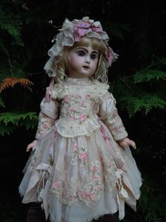 Gorgeous french bebe Couturier Costume, Dress, Cap and petticoat fit a 23 (58 cm) german or french antique bisque doll. Especially nice to fit french