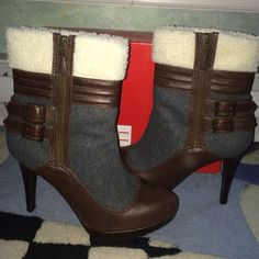 Elle fleece fur boots with box size 9! Elle boot with the fur size 9! Worn once shows 0 signs of wear! No stains or flaws! Super comfortable for a 4 inch heel! Zippers up the side. Comes with the box! ❌No trades and REASONABLE offers considered Elle Shoes Heeled Boots