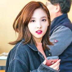 [161108] At 2016 Hyundai Oilbank K League Awards-Nayeon