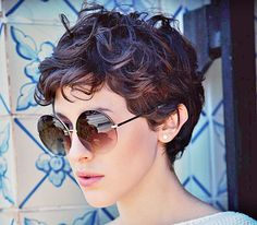 The best collection of Great Curly Pixie Hair, Pixie cuts, Latest and short curly pixie haircuts, Curly pixie cuts pixie hair Pixie Cut Wavy Hair, Curly Pixie Haircuts, Thick Curly Hair, Short Hair Cuts, Curly Short, Short Pixie, Oval Face Hairstyles, Hairstyles Haircuts, Short Hair Styles Easy