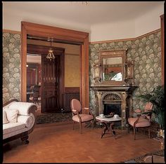Victorian Parlor with Empire style sofa Victorian Rooms, Victorian Home Decor, Victorian Parlor, Victorian Interiors, Vintage Interiors, Parlor Room, Interiores Design, Old Houses, Sitting Rooms