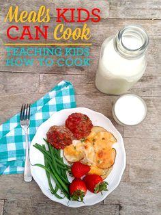 Teaching Kids to Cook Dinner