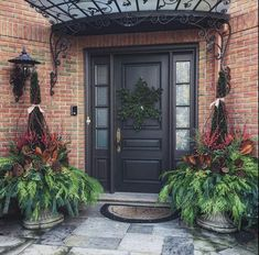 Decking the halls- part 1 - The Enchanted Home Country Front Door, Front Door Entryway, Front Door Decor, Side Door, Front Door Design, Front Door Colors, Christmas Porch, Outdoor Christmas, Xmas
