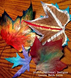 Dishfunctional Designs: The Perfect Autumn Craft: Painting Leaves