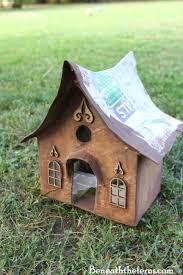 How to make a fairy house roof with shingles Fairy Tree Houses, Bird Houses Diy, Fairy Garden Furniture, Fairy Garden Houses, Diy Fairy House, Fairies Garden, Fairy Crafts, Gnome House, Fairy Garden Accessories