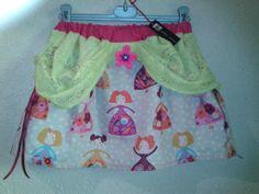Phyloé création    venez  découvrir  mes  créations  sur ma  page  facebook   ici  petite jupe  en  coton  imprimé  et dentelle  vert  anis  pour  petite  fille