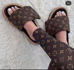 Bvlgari Bags, Chloe Bag, Images Gif, Replica Handbags, Best Brand, Dior, Prada, Footwear, Louis Vuitton