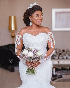 What a Bride To Behold- Her Hair Makeup And Dress Are Goals; Watch Video Of Bride Flaunting It All - Wedding Digest Naija Plus Size Wedding Gowns, Sexy Wedding Dresses, Wedding Attire, Bridal Dresses, Black Wedding Hairstyles, African Wedding Dress, Ghana Wedding Dress, African Bridesmaid Dresses, Luxe Wedding