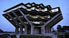Geisel Library,  University of California, San Diego, 1970 / William L. Pereira & Associates