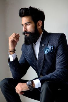 From being a farmer to an influencer in the fashion world, meet Lokendra Singh Ranawat Photogallery - Times of India Long Beard Styles, Hair And Beard Styles, Boys Beard Style, Sexy Bart, Mens Casual Suits, Beard Growth Oil, Mens Hairstyles With Beard, Beard Look, Designer Suits For Men