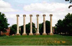 Columbia, MO : The Columns at The University of Missouri-Columbia