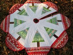 Tree skirt from MamaCJT's pattern.   Blogged