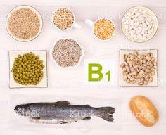 Vitamina B1 con alimentos foto de stock libre de derechos