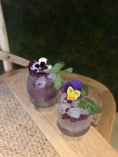 Six Dogs Blue Gin, Barker & Quin indian tonic water and garnished with edible flowers and mint. Tonic Water, Gin And Tonic, Blue Gin, Gin & Tonic Cocktails, Craft Gin, Gin Lovers, Edible Flowers, Africa, Mint