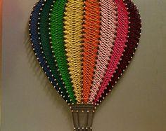 Hot air balloon string item no. hot air balloon string item no. String Art Balloons, String Art Diy, String Crafts, String Art Templates, String Art Tutorials, String Art Patterns, Arte Linear, Diy And Crafts, Arts And Crafts