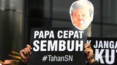Berikut Sederet Alasan Yang Digunakan Setya Novanto Untuk Mangkir Panggilan KPK  Forumviral.com - Komisi Pemberantasan Korupsi (KPK) pada Jumat (13/11) lalu resmi kembali menetapkan Setya Novanto sebagai tersangka kasus korupsi pengadaan E-KTP. Pada Senin (13/11) kemarin, Novanto pun dijadwalkan datang ke KPK untuk menjalani pemeriksaan.  #Setya #KPK #Jokowi #SetyaNovanto #TahanSN  Selengkapnya http://www.forumviral.com/2017/11/berikut-sederet-alasan-yang-digunakan.html