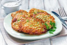 Potato Pancakes are an easy pan fried pancake recipe made with shredded potato, flour and eggs. The onion and garlic flavor the pancakes. The shredded potatoes provide the crispy texture to the pancakes and make for a deliciously filling dish. Whole Wheat Pancakes, Pumpkin Pancakes, Potato Pancakes, Idaho Potatoes, Tea Time Snacks, World Recipes, Wrap Sandwiches, Healthy Breakfast Recipes, Food Processor Recipes