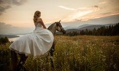 hochzeitsfoto8 Weddings, Wedding Dresses, Fashion, Bride Dresses, Moda, Bridal Gowns, Fashion Styles, Wedding, Weeding Dresses
