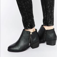 New Look Wide Fit Ankle Boot w/ Tassle Zip Detail These ankle boots have been worn and are in like-new condition! Per ASOS website US 9 = UK 7 = EU 40. New Look Shoes Ankle Boots & Booties
