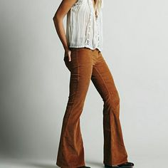 Free People Rust Cordoroy Pant BNWT. High waisted fit with bell bottom Free People Pants Boot Cut & Flare