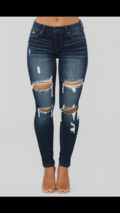 Fashion Nova has the best selection of women's high waisted jeans online. From high waisted flare jeans to high waisted skinny jeans and distressed denim to boyfriend high rise jeans, you'll find it all here. Outfit Jeans, Heels Outfits, Jean Outfits, Jeans Skinny Azul, Cute Ripped Jeans, Dark Blue Skinny Jeans, Denim Jeans, Sincerely Jules, Dark Denim