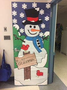 30 Beautiful Christmas Door Decorations Ideas for Home - Pajero is My Dream Christmas Door Decorating Contest, Holiday Door Decorations, School Door Decorations, Winter Door Decoration, Arts And Crafts For Teens, Art And Craft Videos, Easy Arts And Crafts, Arts And Crafts Interiors, Arts And Crafts Furniture