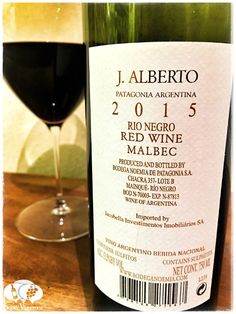 Score 91/100 Wine review, tasting notes, rating of Bodega Noemia J. Alberto Malbec Merlot. Description of aroma, palate, flavors. Join the experience.