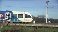 Voor het eerst na het ongeluk van afgelopen dinsdag rijden er weer treinen op het traject.