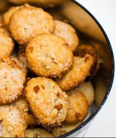 Pretzel Bites, Potatoes, Bread, Vegetables, Food, Potato, Veggies, Essen, Breads