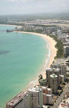 San Juan Puerto Rico , playa de Isla Verde, allí estaré el próximo septiembre........