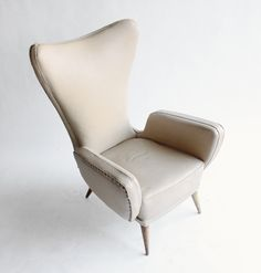 Italian Armchair in the style of Paolo Buffa. Fabric and wood. 1950 - Uso Interno