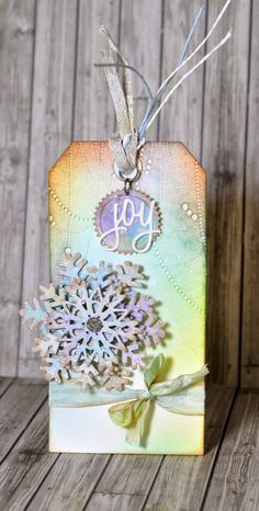 Crafting ideas from Sizzix UK: Snowflake Alchemy!
