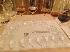 La semana pasada Vino & Compañía estuvo en el Sherry Festival. Muy interesante la cata maridaje para los vinos de Jerez... Enhorabuena!!!