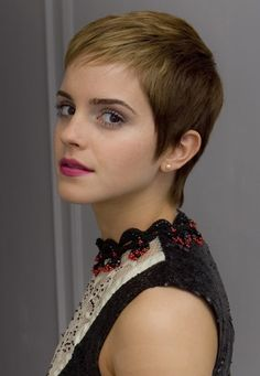 pixie cut | Emma Watson  (too bad I could never pull this off)