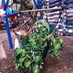 Bay Area Renaissance Fair: Hanging plant?