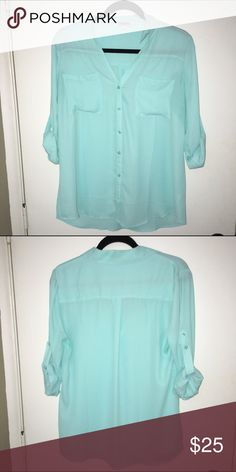 Express Portofino Shirt (L) Light blue Express Portofino Shirt. In like new condition (only worn once or twice). Great summer color, looks adorable with white shorts! Express Tops Button Down Shirts