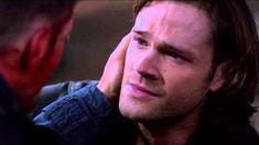 Dean Dies Scenes II Supernatural {9x23}  Heart braking and shocking.