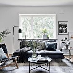 Styling from our heart! We wish you a wonderful Saturday❤️ For Broker: Julia Albinsson @bjurfors_goteborg #vackrahem #finahem #inspiration #onetofollow #living #homedecor #homestyle #homeinspo #home #interiordesign #interior #interiör #room #livingroom #decor #decoration #myroom #finahem #style #styling