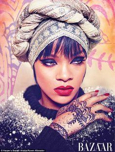 Rihanna com muita roupa e muito estilo em fotos lindas da Harper's Bazzar Arábia