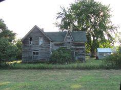 Old abandoned house in Beaverton MI.