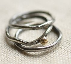 Sterling silver reticulated ring set hand by Tripoliandrouge