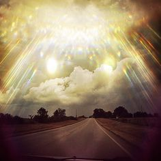 Looks like an entrance to {{{HEAVEN}}} TOTALLY AWESOME!!!!! <3 <3