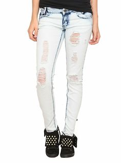 Puzzle Distressed Bleach Wash Skinny Jeans | Hot Topic