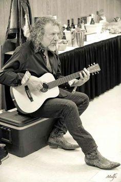 Robert Plant photographed by Frank Melfi, New Orleans Jazz Fest, April 26, 2014