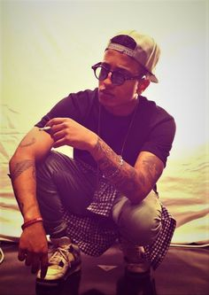 Nerogreco Light Music, Rap, Hipster, Husband, Singers, Wallpapers, Quotes, Style, Quotations