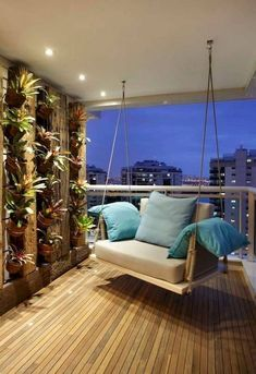 Modern balcony, veranda & terrace by BC Arquitetos - Jada's Website House Balcony Design, Interior Balcony, Apartment Balcony Decorating, Balcony Furniture, Apartment Balconies, Terrace Design, Cozy Apartment, Interior Design Living Room, Apartment Balcony Garden